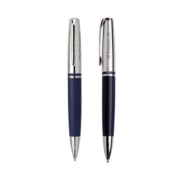 Stately Pen